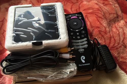Открытие коробки с SML 482 HD Base