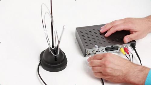 Как подсоединить аналоговую антенну к ТВ приставке